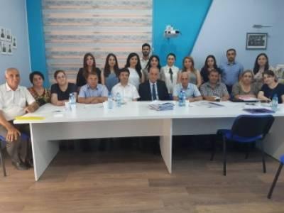 <p>Jurnalistika fak&uuml;ltəsinin magistrantları dissertasiya işlərini m&uuml;dafiə ediblər</p>